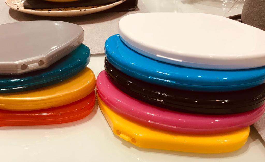 Em diversas cores
